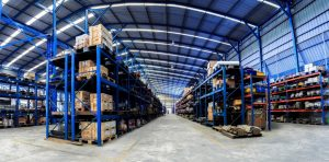 Warehouse with pallet overhang